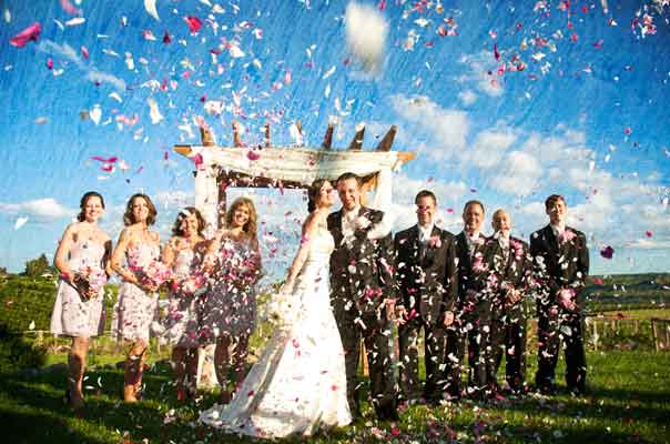 Bridal party confetti